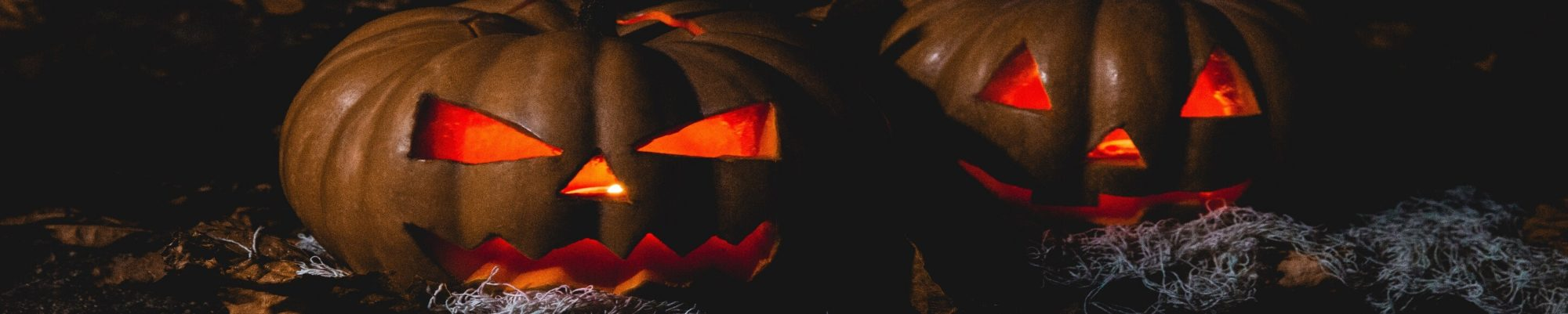 close-up-creepy-dark-619418