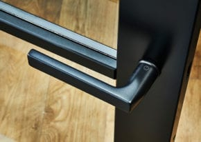 ironmongery-manhattan-charlton-handles-2